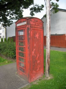 Englische Telefonzelle mit Baudoinia Whiskypilz